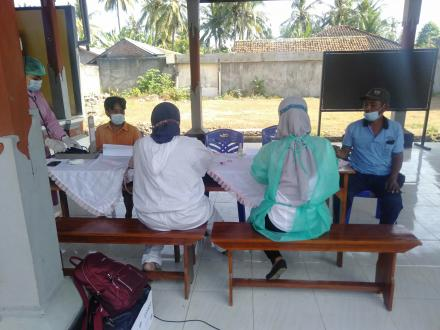 Vaksinasi massal di Desa Anturan